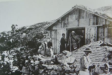 北アルプスの山小屋の変遷